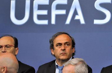 Блаттер отфутболил кПлатини: крымский вопрос решит УЕФА