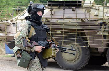 Луганск практически окружен, у боевиков осталась только одна лазейка