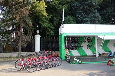 В Киеве откроют бесплатный велопаркинг