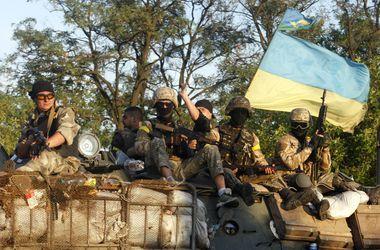 Войска взяли под контроль значительную часть Луганска