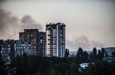 В Донецке после артобстрелов разрушены жилые дома и музей
