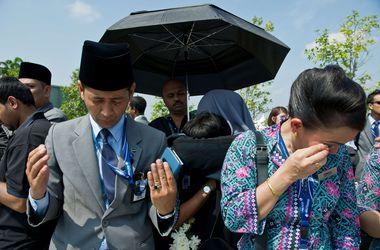 Тела 20 погибших при крушении Боинга-777 доставлены в Малайзию