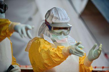 В Украине усилили меры безопасности из-за смертельной лихорадки Эбола