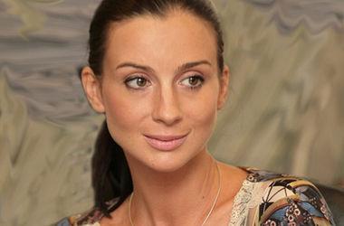 Актриса Екатерина Стриженова увеличила грудь ради новой роли