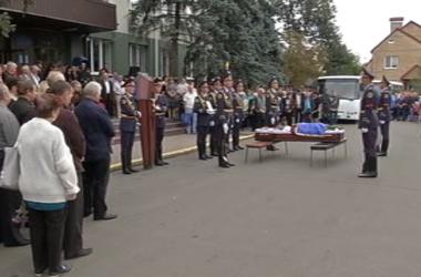 Государственные награды посмертно - так почтили память погибших на востоке добровольцев и силовиков