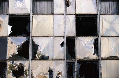 Террористы полностью разрушили школу в Луганске - СНБО