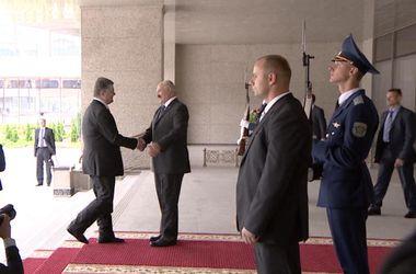 Порошенко надеется в Минске договориться о мире в Донбассе