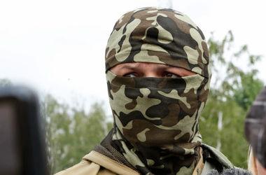 """Комбат """"Донбасса"""" просит """"Красный Крест"""" помочь эвакуировать из Иловайска убитых и раненых"""