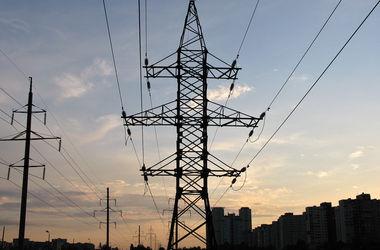 В городах и на промышленных предприятиях Донбасса подключают электричество