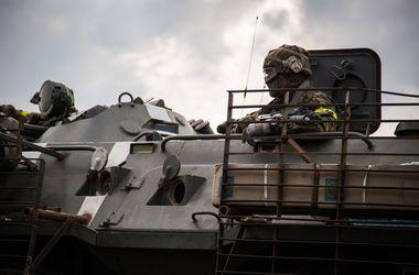 В Донецкой области замечена колонна из 100 единиц военной техники