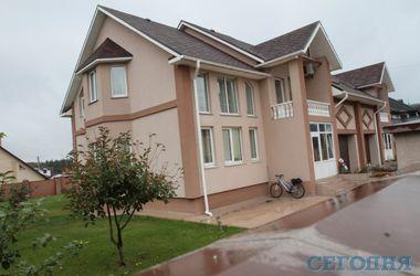 Как выглядит дом, в котором нашли застреленной Валентину Семенюк-Самсоненко