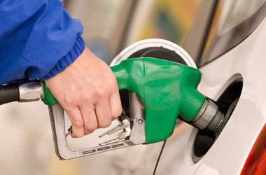 В Украине значительно сократилась продажа бензина через АЗС