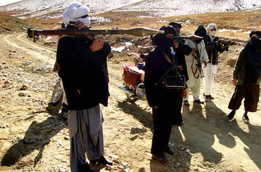 """В Афганистане жертвами атаки боевиков """"Талибан"""" на здания спецслужб стали 6 человек"""