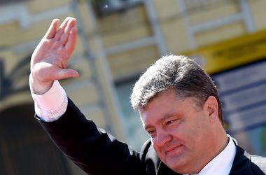 Порошенко пригласил премьера Нидерландов Рютте посетить Украину