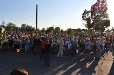 Более пяти тысяч мариупольцев митинговали за мир и единство Украины