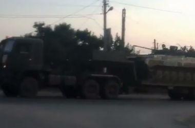 РФ продолжает перебрасывать в Донбасс военную технику и наемников