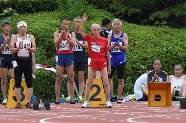 Столетний японец бросил вызов Усэйну Болту
