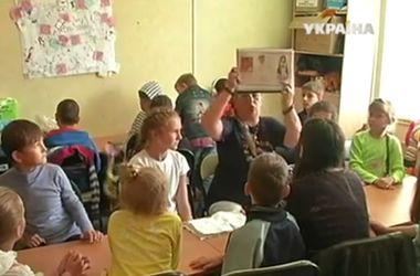 Первое сентября: новые испытания для детей-переселенцев