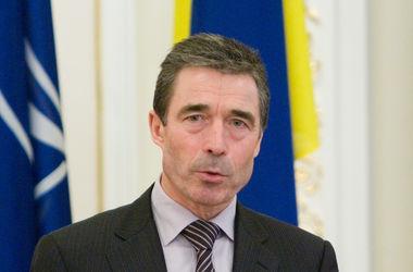 Альянс готовит новый план действий в ответ на агрессию России - Расмуссен