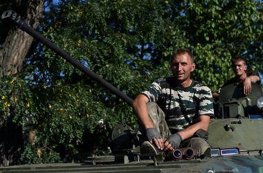 В Донбассе боевиков сменяют профессионалы ВС РФ – СНБО