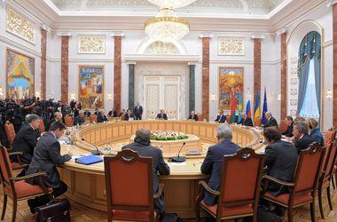 В Минске обсуждали освобождение пленных и перекрытие границы с РФ