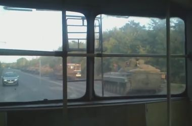 В районе Краснодона замечена колонна военной техники без опознавательных знаков