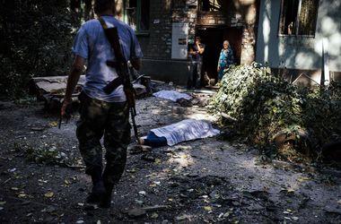 Боевики цинично обстреляли жилые кварталы Луганска, Донецка и Алчевска, есть жертвы - СНБО
