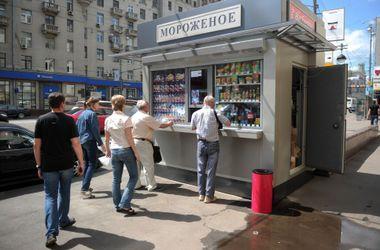 Киевские власти упростят процедуру получения документов на установку ларьков