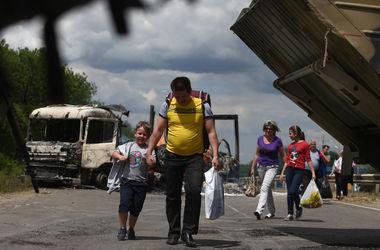 Крым и зону АТО покинуло более 250 тысяч переселенцев - ГСЧС