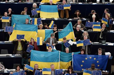 Европейские дипломаты сегодня определятся с ратификацией соглашения об ассоциации с Украиной
