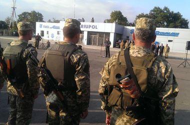 Порошенко: я никому не позволю позорить украинскую армию