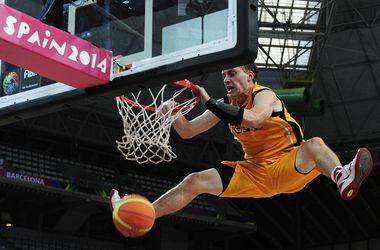 Сборная Литвы стала первым полуфиналистом ЧМ по баскетболу