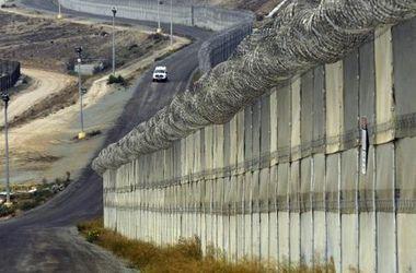 В СНБО рассказали, как будет строиться стена на границе с Россией