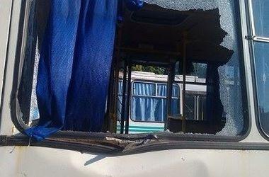 В Макеевке снаряд попал в автобус – пострадали 3 человека