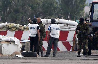 Наблюдатели ОБСЕ подтверждают одновременное освобождение 68 заложников под Авдеевкой