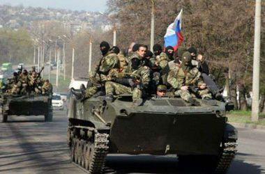 200 боевиков в военной форме РФ с бронетехникой пытаются прорваться в Васильевку - АТО