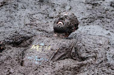 """В Великобритании прошли """"грязные"""" соревнования"""