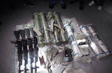 В Мариуполе задержана вооруженная гранатометами и огнеметами группа диверсантов во главе с россиянином