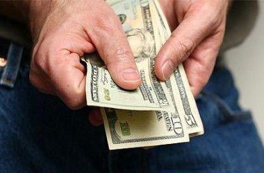 Курс доллара удерживает планку в 14 грн