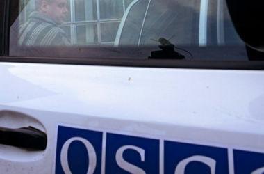 В Донбассе осколками уничтожен бронемобиль ОБСЕ