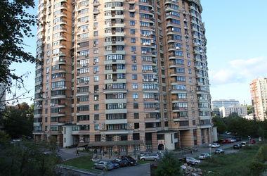 Судья признал право собственности на 5 квартир в Киеве за посторонним лицом