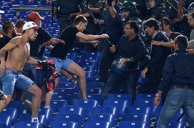 Семерых российских фанов будут судить за драку во время матча в Италии