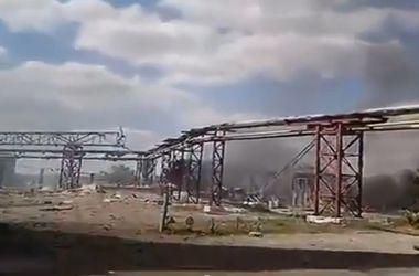 Украинские военные сняли на видео обстрел Луганской ТЭС террористами