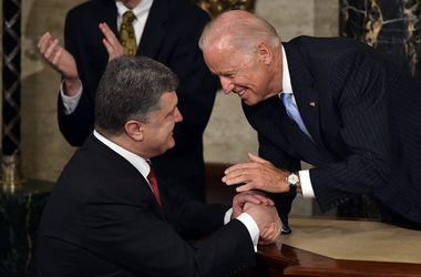 В Вашингтоне Порошенко встретился с Байденом