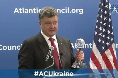 В США Порошенко вручили престижную награду Global Citizen Award