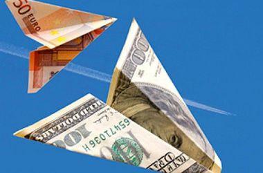 НБУ обязал банки отчитываться о долларовых переводах украинцев