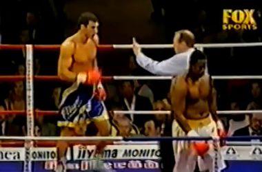 16 лет назад Владимир Кличко впервые побывал в нокдауне