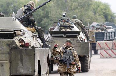 Запад не спешит помогать Украине оружием