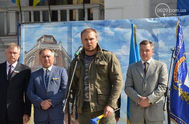 """В Мариуполе назовут улицу именем погибшего бойца """"Азова"""""""