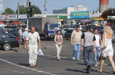 В Киеве под колесами авто погибла пожилая женщина